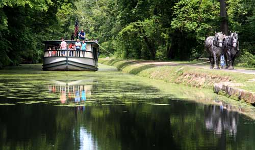 Canal Boat Ride: Monticello III